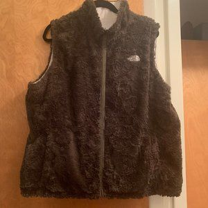 North Face Reversible Tan Fur/White Vest XL EUC
